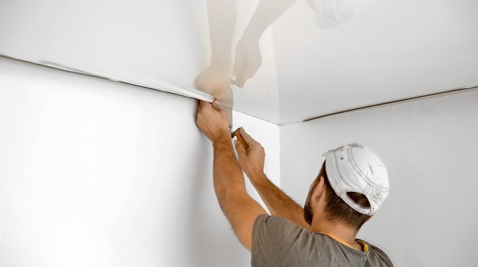Шестой этап ремонта квартиры - монтаж натяжных потолков